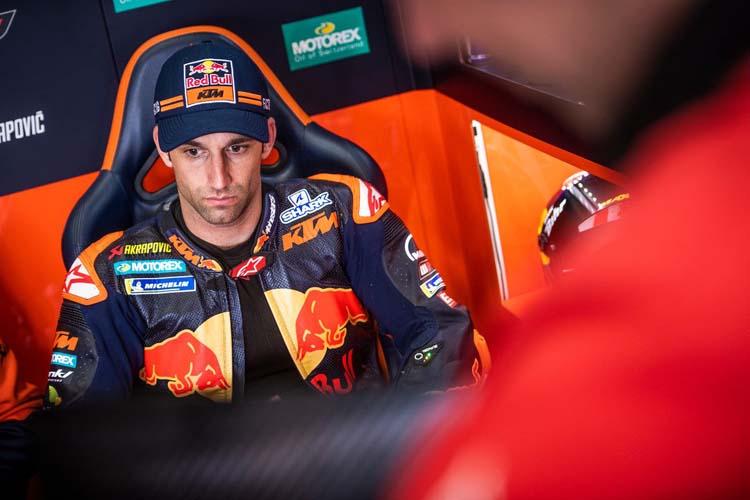Johann Zarco en el box de KTM durante el GP de España de MotoGP.