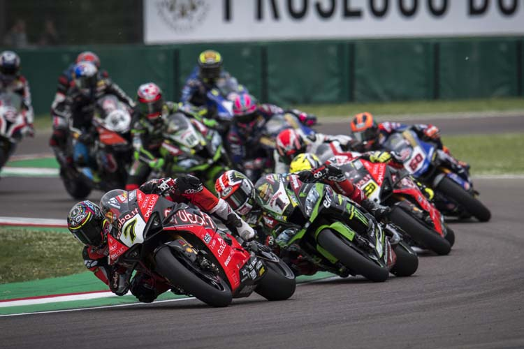 El Campeonato del Mundo de Superbike viene de vivir un fin de seamna bastante complejo en Imola.