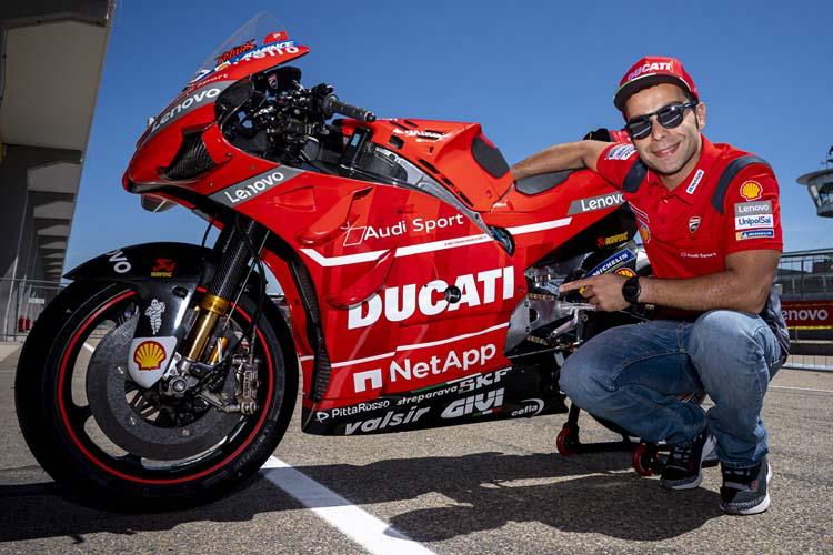 Danilo Petrucci seguirá luciendo los colores del equipo oficial de Ducati en la temporada 2020 de MotoGP.