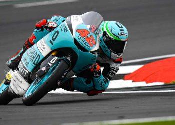 Marcos Ramirez vence el Gran Premio de Gran Bretaña