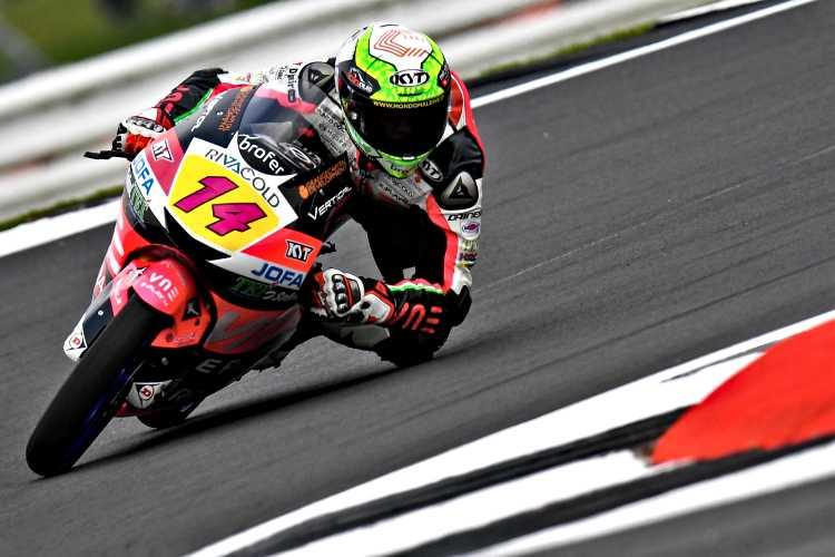 Tony Arbolino lidera los primeros entrenamientos en Silverstone