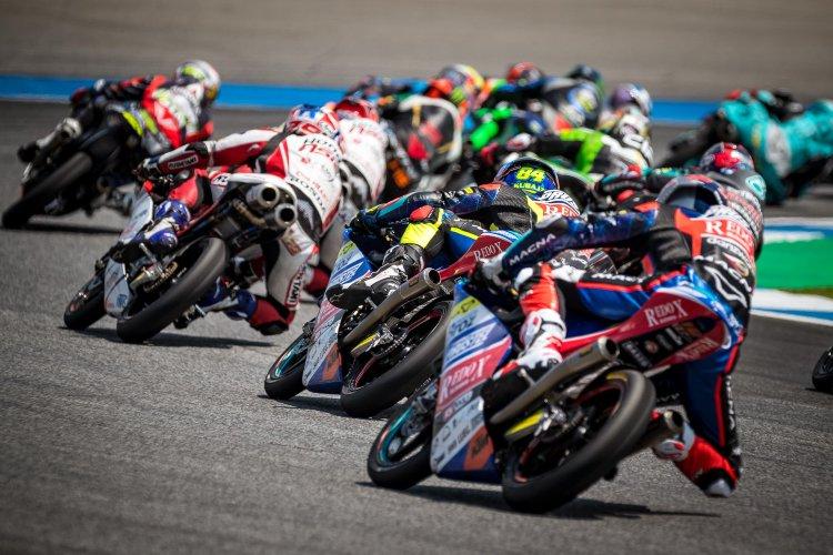 Dados al aire en Motegi: comienza la recta final por el título de Moto3