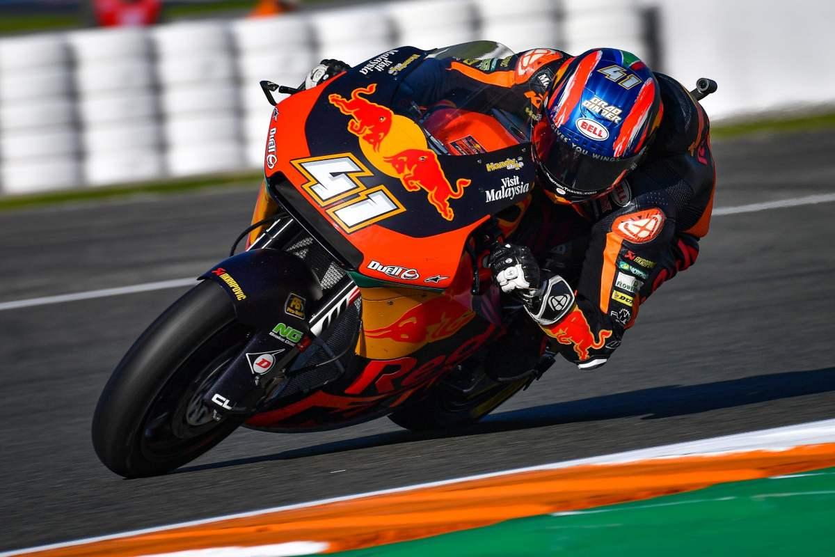 Brad Binder vence en Valencia y se proclama subcampeón de Moto2