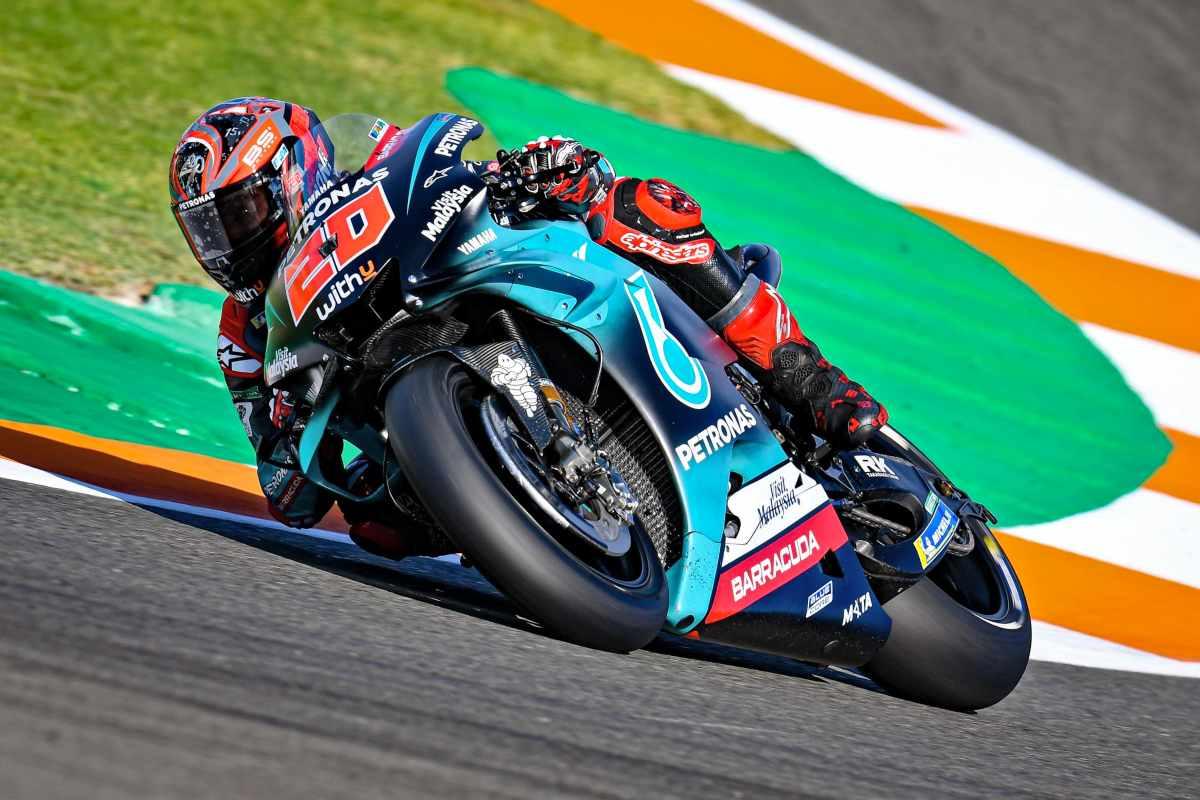Fabio Quartararo comanda los entrenamientos de MotoGP en Valencia