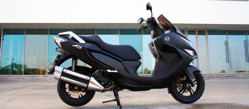Prueba Daelim S3 125 FI. Un scooter GT polivalente