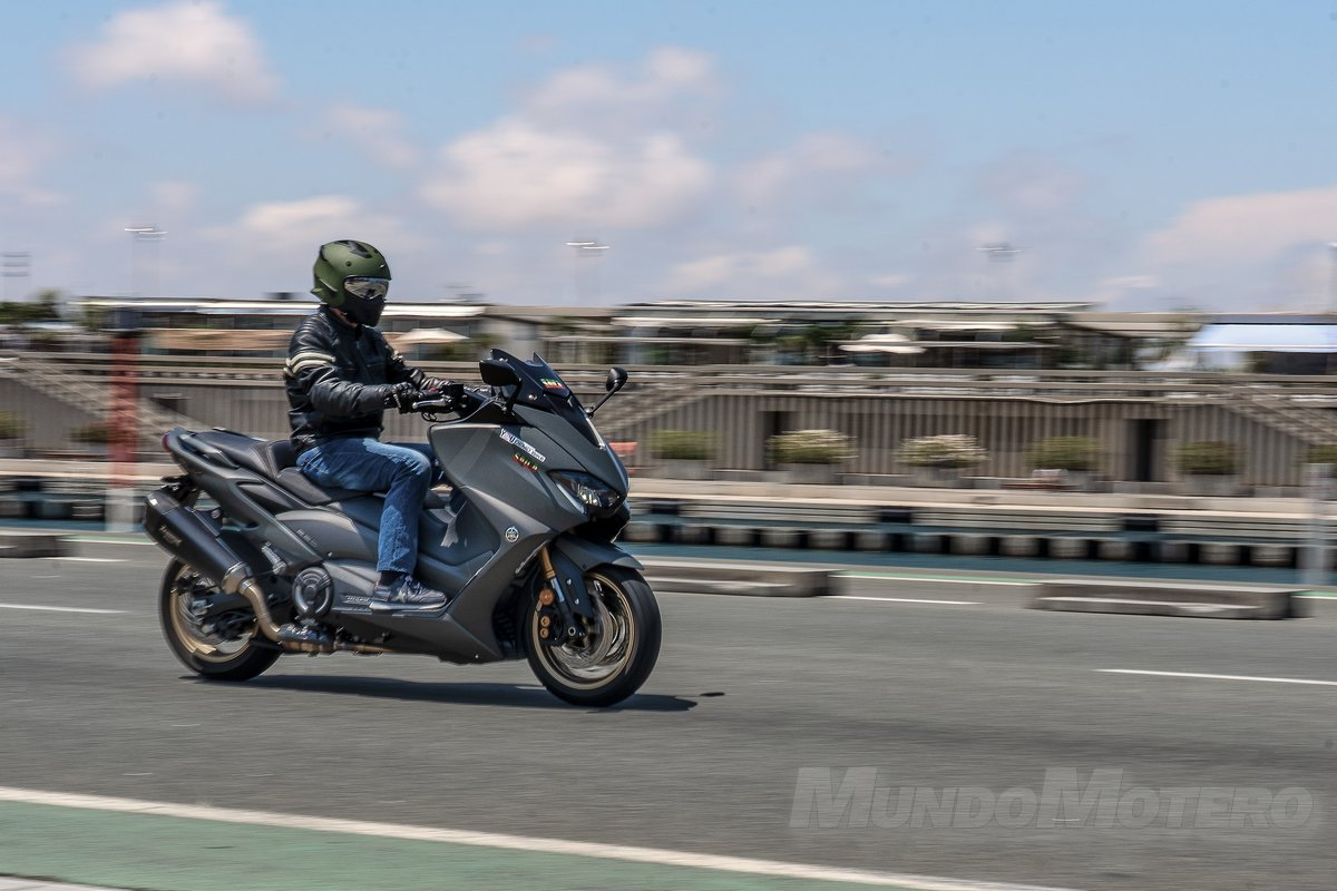 Prueba Yamaha TMAX 560 velocidad máxima