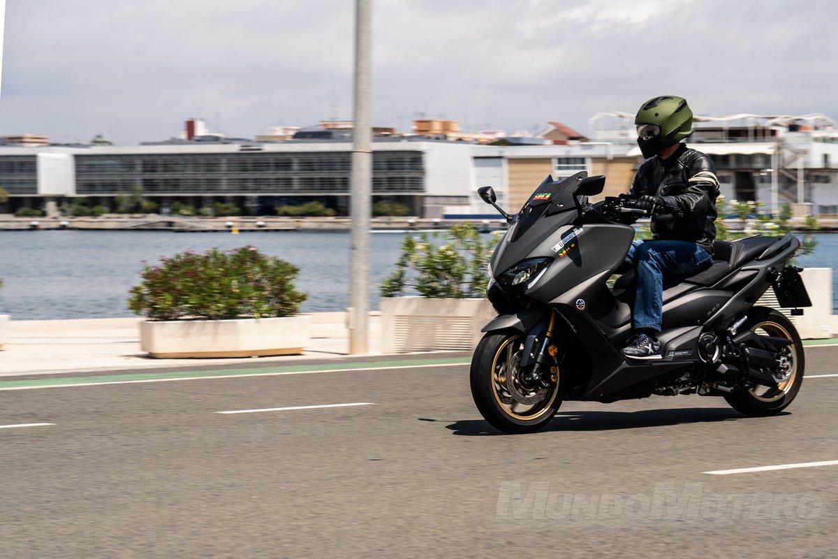 Prueba Yamaha TMAX 560 Tech Max