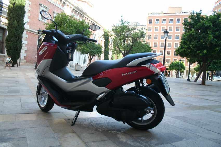 Yamaha N Max 125 precio