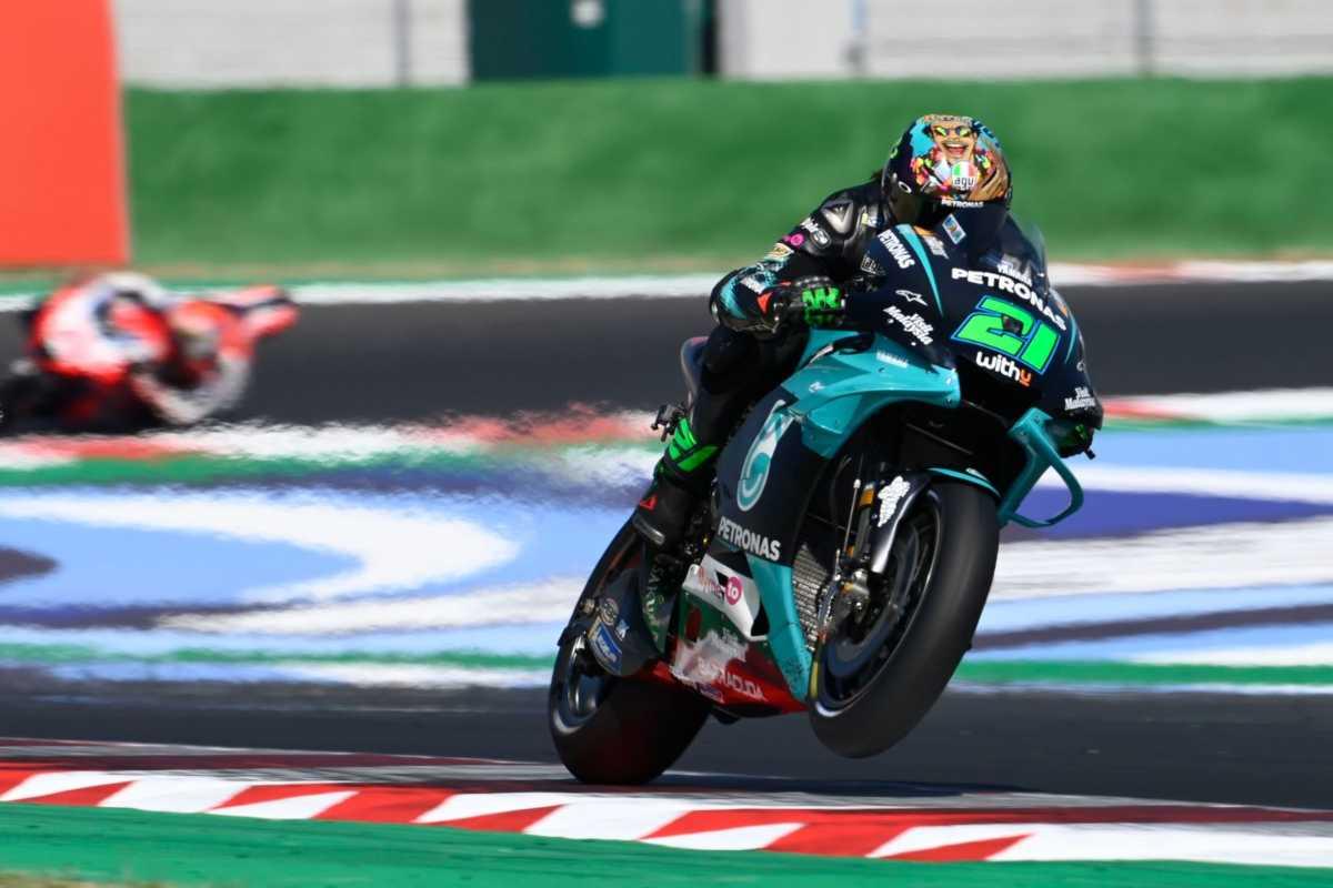 Morbidelli estrena triunfo en MotoGP y Joan Mir sube al podio en Misano