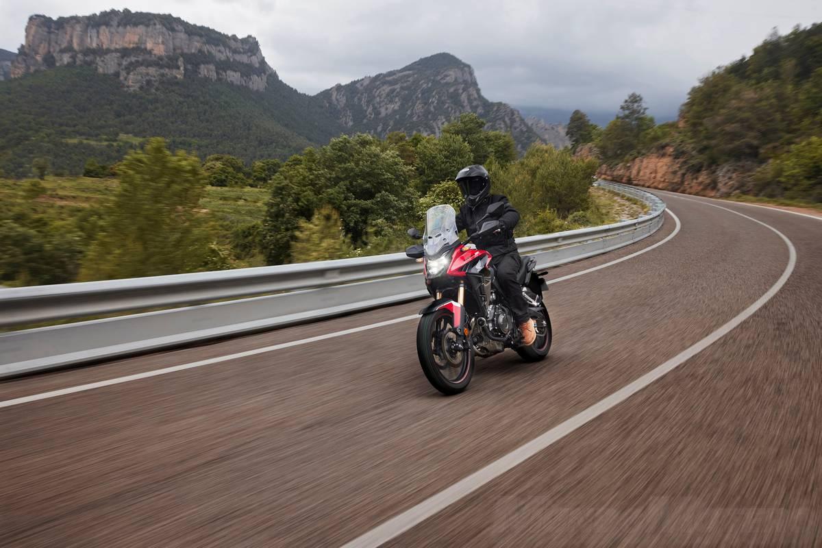 Nueva Honda CB500X 2022