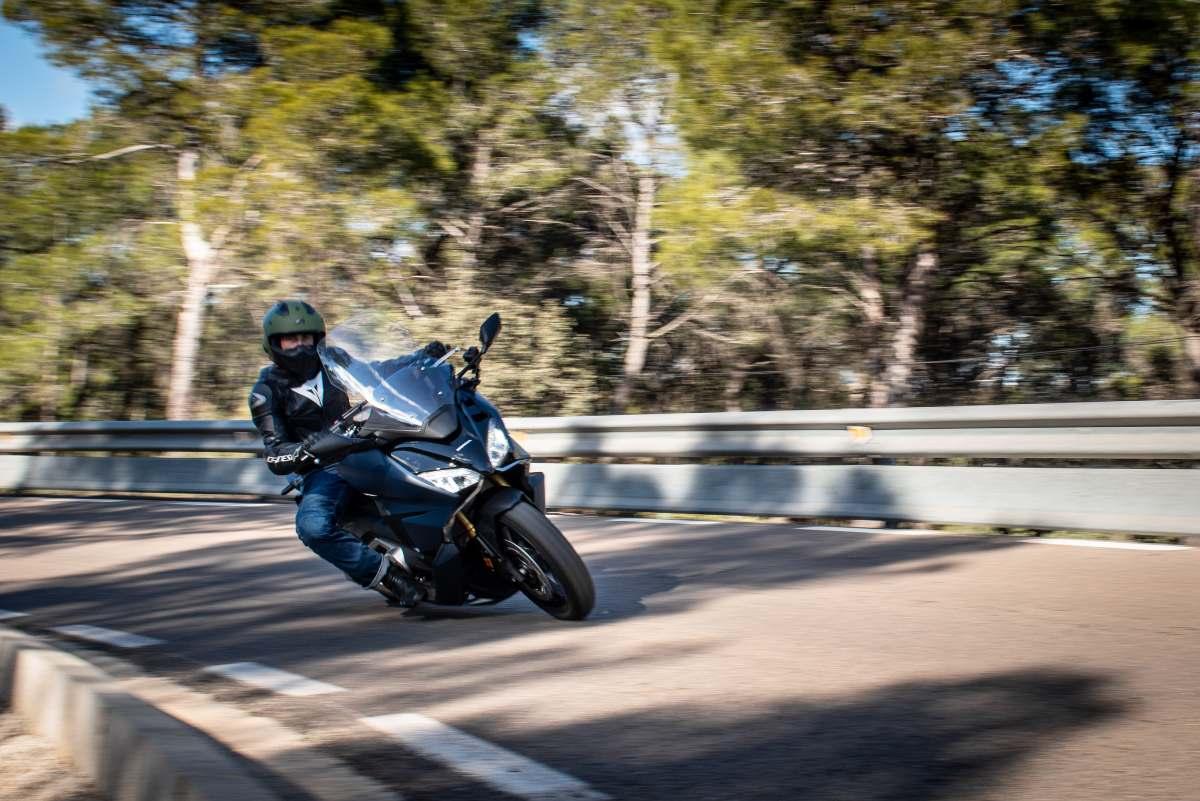 Prueba Honda Forza 750