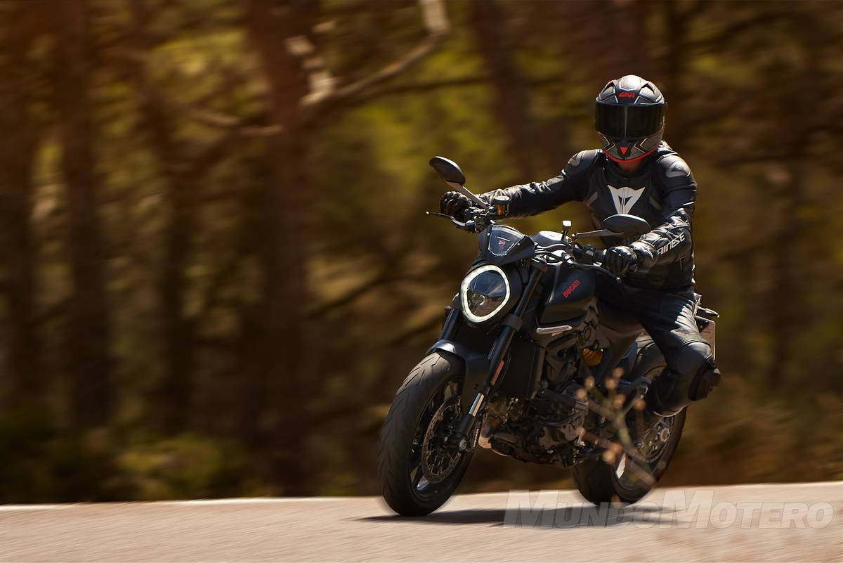 Prueba Ducati Monster 2021